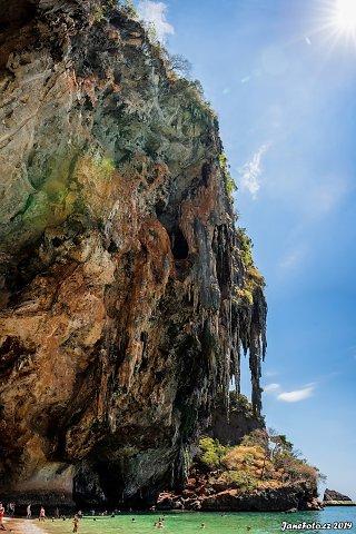 Ao-Phra-Nang.jpg
